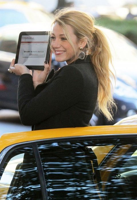 De Blake Lively à Gwyneth Paltrow : les nouvelles gourous du web