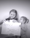 #PrêtàLiker : ce sont ses enfants qui font sa demande en mariage !
