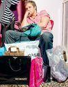 Jeunes : hommes et femmes autant accros au shopping