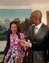 Buzz : quand Michelle Obama dunke avec LeBron James