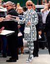 Céline Dion : sa réaction émouvante lorsqu'une fan chante pour elle devant son hôtel