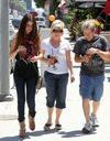 Selena Gomez licencie ses parents