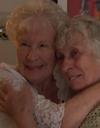 Des jumelles de 78 ans se rencontrent pour la première fois