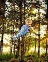 Il fait voler son fils trisomique comme un super-héros