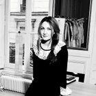 3 Questions À Delphine Manivet, Créatrice De Robes...