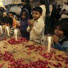 Pakistan : Le Deuil National Décrété Après Un Massa...