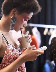 Voici les 9 maquilleurs à suivre sur Instagram pendant la Fashion Week