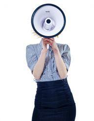Manterrupting : quand les hommes nous coupent la parole en réunion, voici la solution