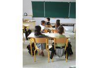 Semaine de cinq jours : les parents d'élèves n'en veulent pas