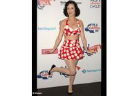 Katy Perry joue les pin-up !