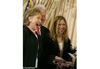 Hillary Clinton ironise sur l'affaire Lewinski
