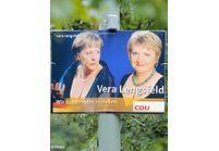 Le décolleté d'Angela Merkel choque les Berlinois !