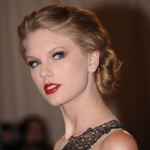 Taylor Swift : Les 30 Trucs Beauté À Lui Piquer