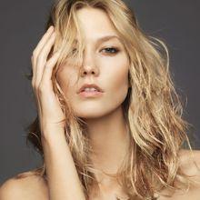 Inspiration : Le Maquillage En Or Porté Par Karlie...