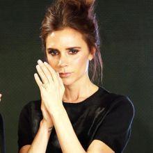 Victoria Beckham Crée Des Vernis À Ongles Avec Nail...