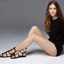 Push Mode : Ancient Greek Sandals, La Marque Des «...