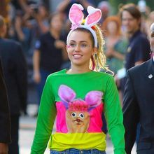Miley Cyrus Révèle Être Célibataire Et « Pansexuell...