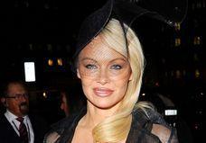 Exclu : Les secrets du maquillage de Pamela Anderson révélés