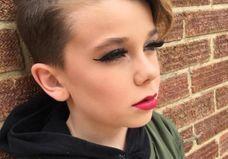 Qui est Jack, le jeune prodige du maquillage qui affole la Toile ?