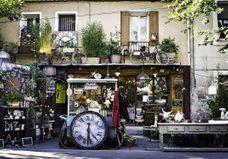 Ces 3 marchés aux puces de Paris vont vous faire faire des folies