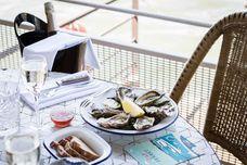 5 restaurants péniches à Paris pour déjeuner au soleil