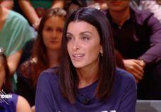 « Quotidien » : Jenifer dézingue les paparazzi qu'elle qualifie de « lâches »