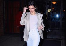 Kendall Jenner porte un blazer XXL est c'est trop cool