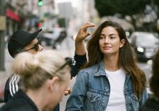 L'instant mode : Lily Aldridge arpente le monde pour Levi's® Made & Crafted®