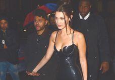 Bella Hadid et The Weeknd aperçus lors d'un rendez-vous romantique à Tokyo