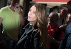 Blake Lively sublime à Paris pour présenter son nouveau film