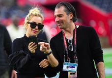 Lady Gaga : fou d'amour, son fiancé se fait tatouer le visage de la chanteuse !