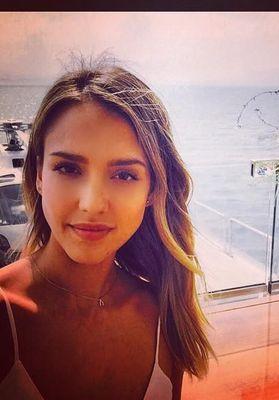 helfie le nouveau selfie coiffure dont ab usent les stars