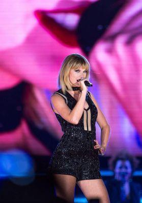 Taylor Swift : la chanteuse est à nouveau en couple