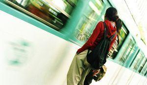Les féministes disent non au harcèlement dans le métro