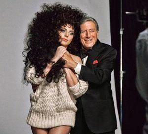 Lady Gaga, superstar de H&M pour Noël !