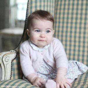 La Princesse Charlotte A Déjà Son Propre Rouge À Lè...