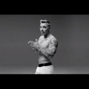 Drake Égratigne Miley Cyrus, Kanye West Et Justin B...