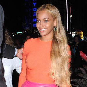 Beyoncé Affiche Son Soutien À Hillary Clinton
