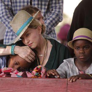 Madonna Dément Formellement Avoir Lancé De Nouvelle...