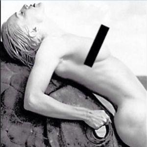 Madonna Nue Pour Lutter Contre « L'hypocrisie Des R...