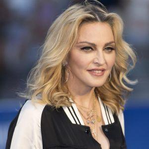 Madonna Répond À Ceux Qui Sont Choqués Par Ses Aman...