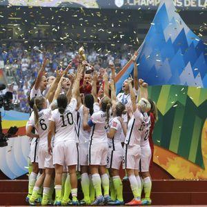 Les Stars Américaines Fières De Leur Équipe De Foot...