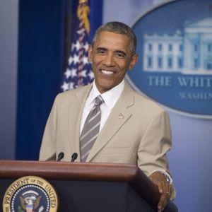 Twitter Se Moque Du Costume De Barack Obama, La Mai...