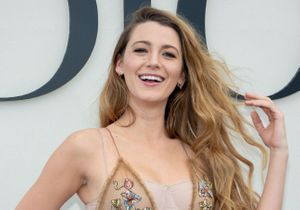 Blake Lively divine, ses cheveux fascinent la Fashion Week
