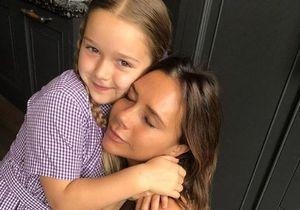 Harper Beckham, la fille de Victoria adopte le célèbre carré à frange d'Anna Wintour