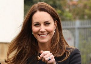 Kate Middleton troque ses cheveux lisses pour cette coiffure des années 2010
