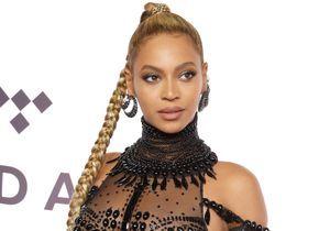 Pourquoi Beyoncé a-t-elle coupé sa tresse XXL en plein concert ?
