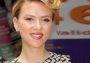 On veut toutes le beauty look de Scarlett Johansson