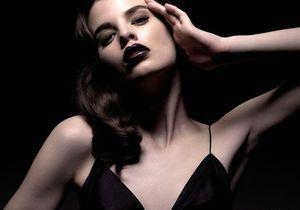 Make-up : 20 incontournables pour un total look noir