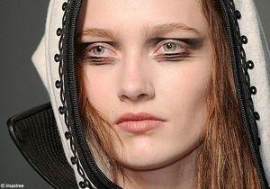 Paris : maquillage des podiums hiver 2010/2011 - Quatrième jour